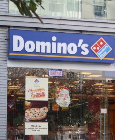 Ресторанный бизнес во время пандемии. Domino's Pizza (Доминос Пицца) увеличивает долю продаж за счет доставки еды