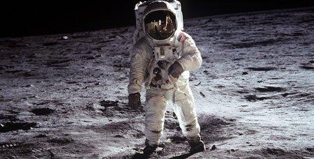 Лунная пыль оказалась смертельно опасна для человека