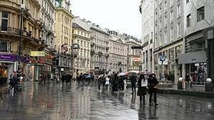 Австрия вводит запрет на посещение магазинов без теста на коронавирус
